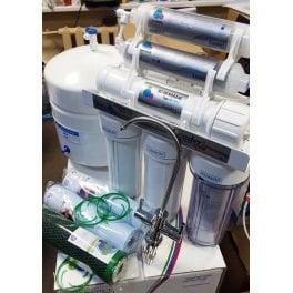 Распаковка фильтра для воды Leader Standart RO-6 Silver Series